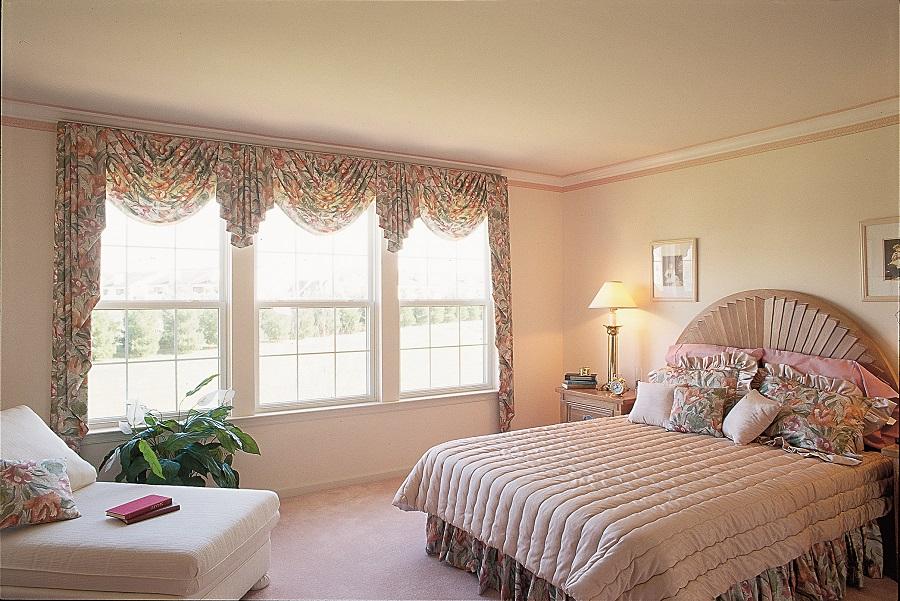 Joyce VueLine Windows in Bedroom